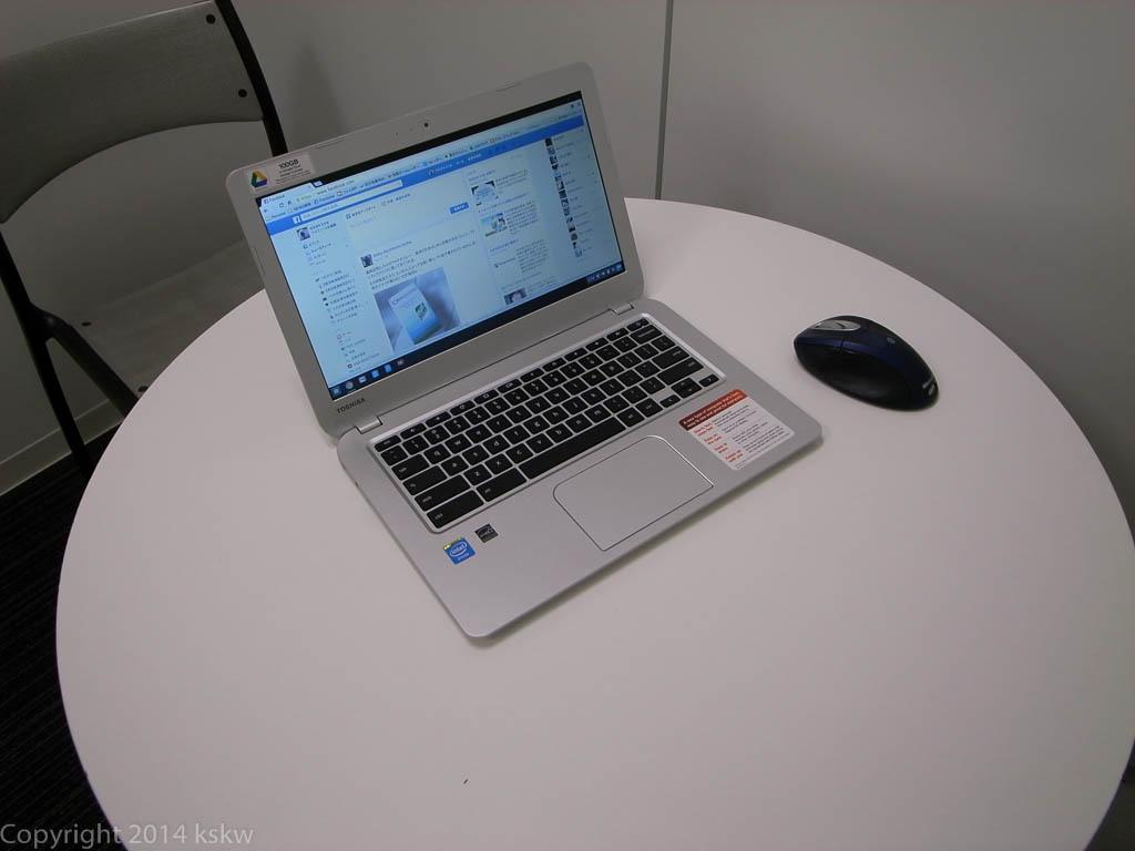 ChromeBook CB35 その1